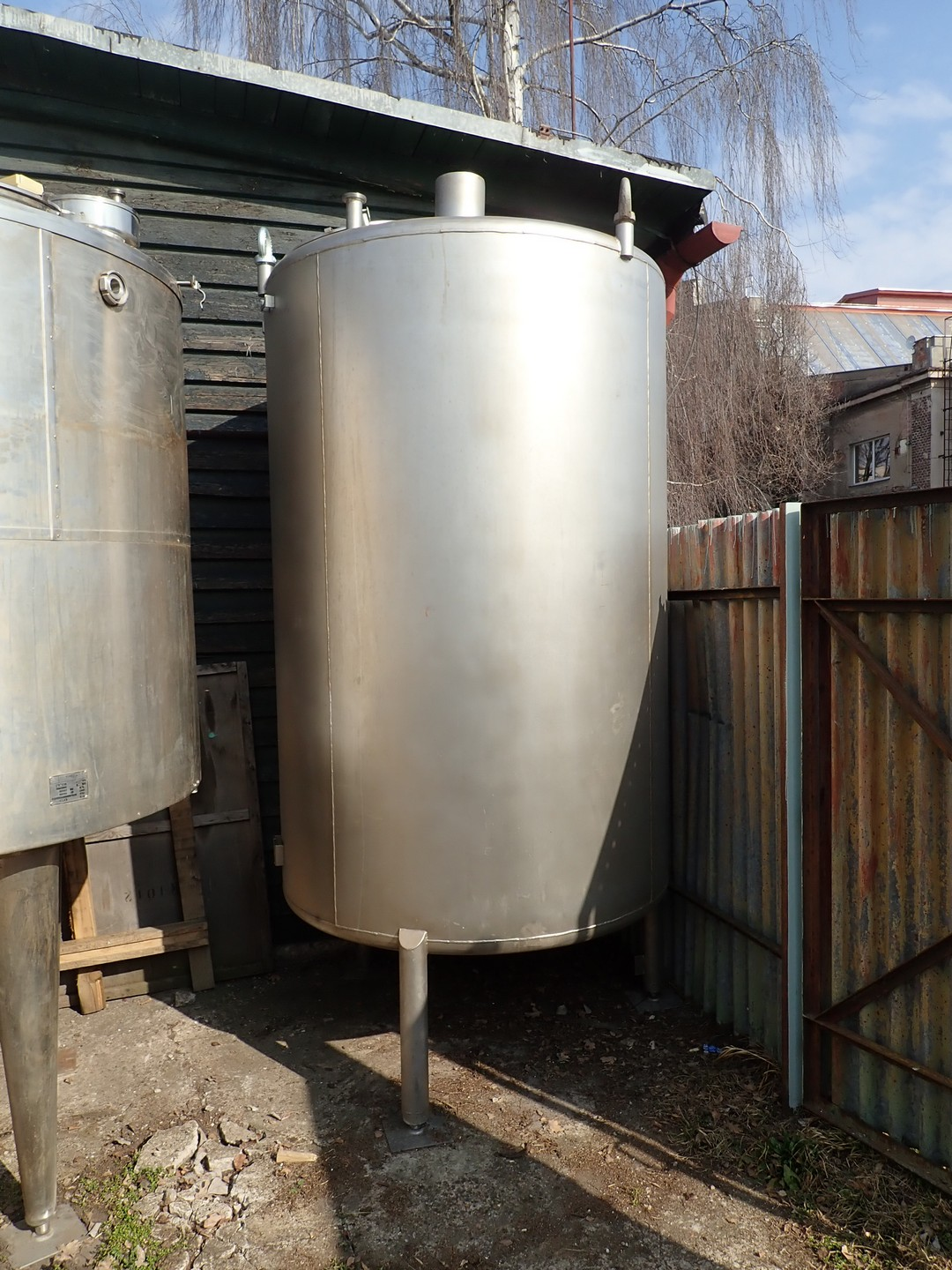 4,000 Litre Stainless Steel Vertical Storage Vessel, 1500mm Dia. x 2200mm Straight Side