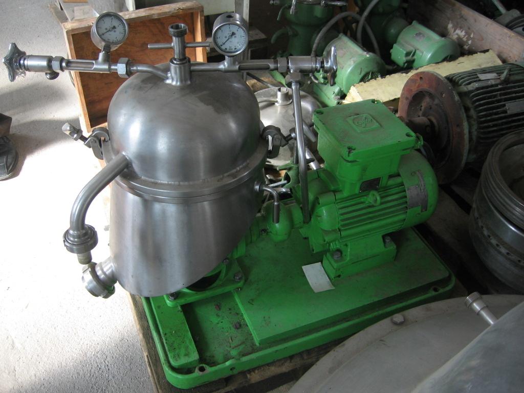 Westfalia model SA 1-01-04-575 nerezová odstředivka