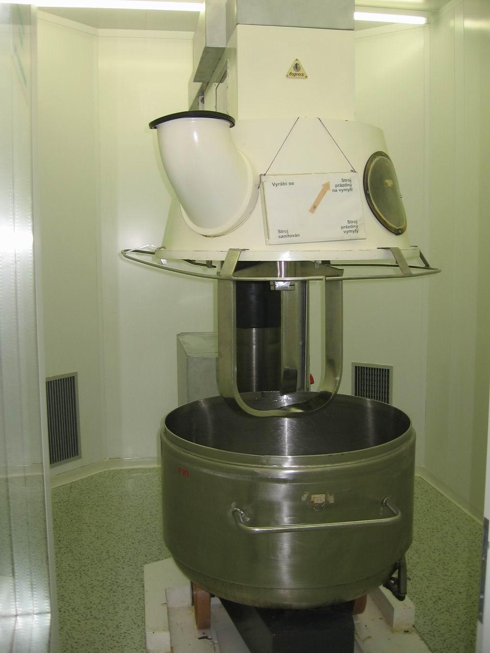 350 litrů, 11 kW, Topos model T-787 vertikální planetový hnětač