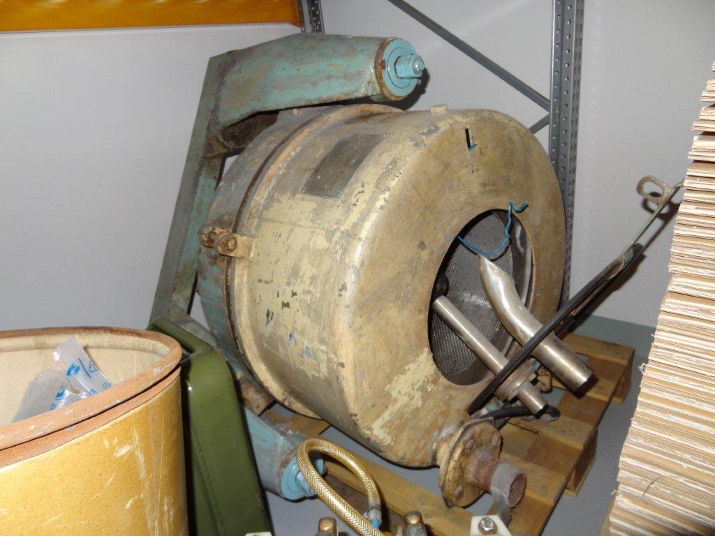 500 mm x 245 mm, ZVU model KLVN 500E2 nerezová bubnová odstředivka