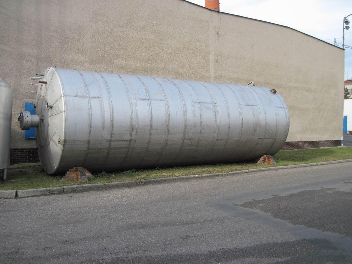 60000 litrů, Poldi nerezový vertikální zásobník