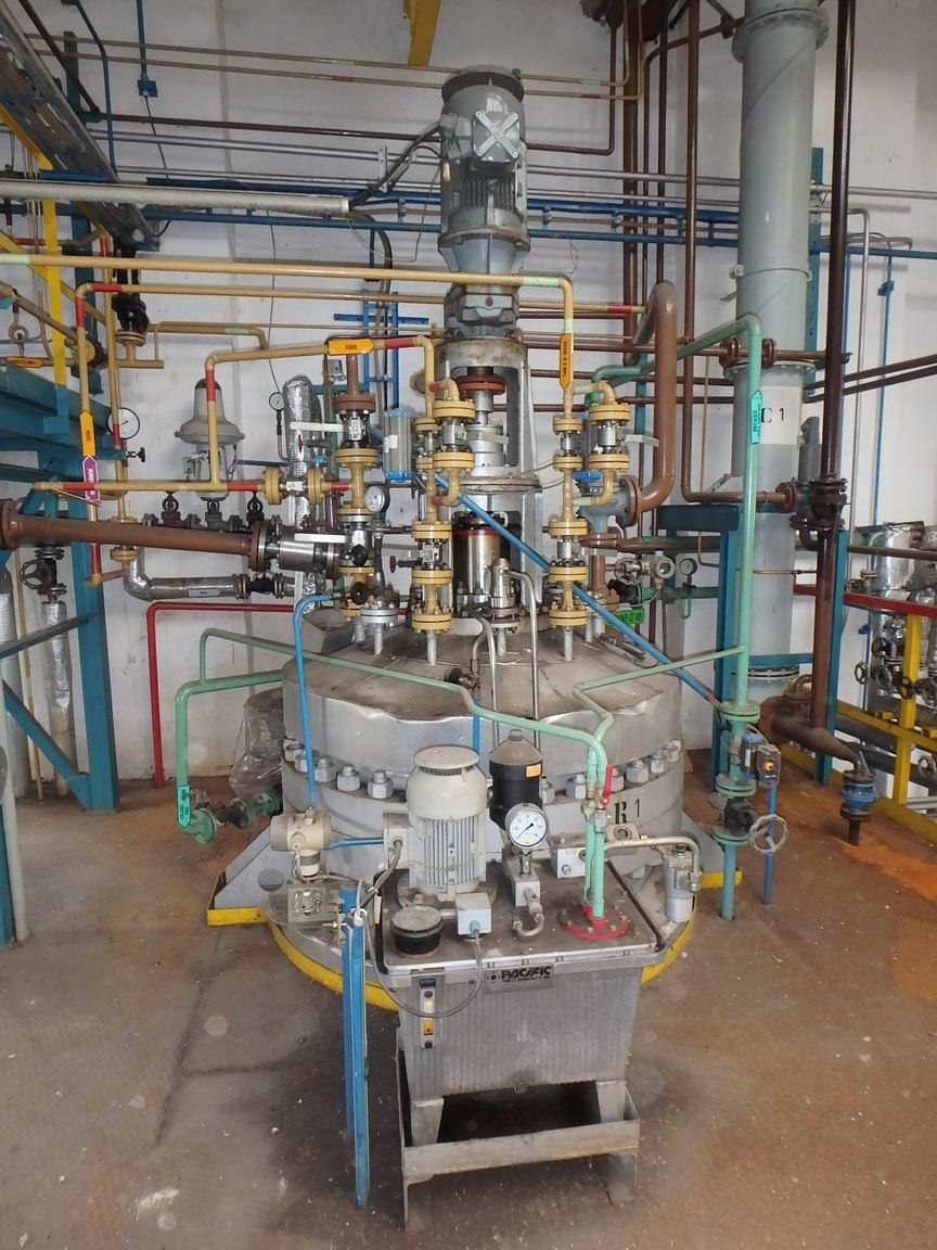 3500 litrů, 20 bar vnitřní, 6 bar duplikace, ZVU duplikovaný hydrogenační autokláv z běžné oceli