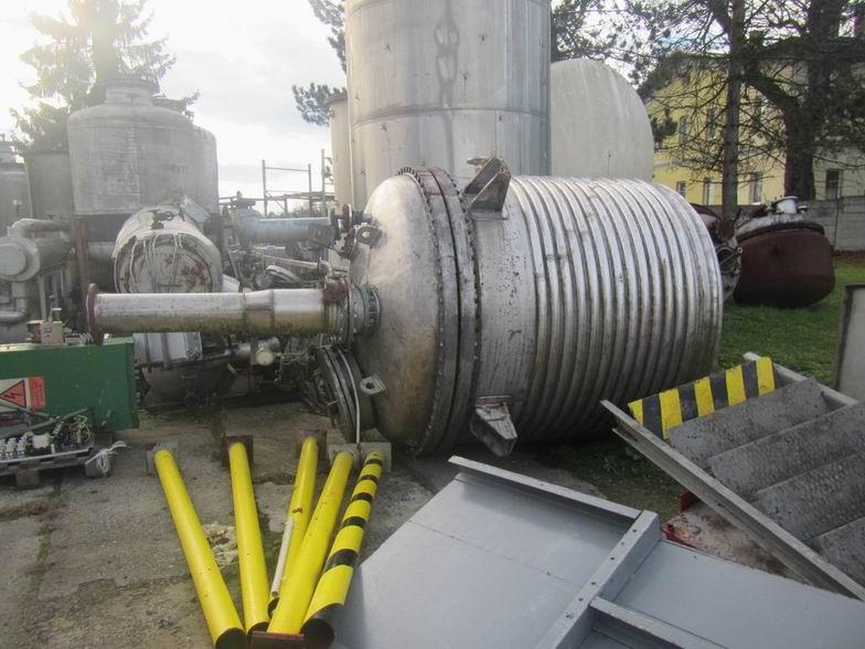 5500 litrů, -1/6 bar vnitřní, 6 bar duplikace, NOWAK  (AISI 316 Ti) nerezový duplikovaný míchaný reaktor