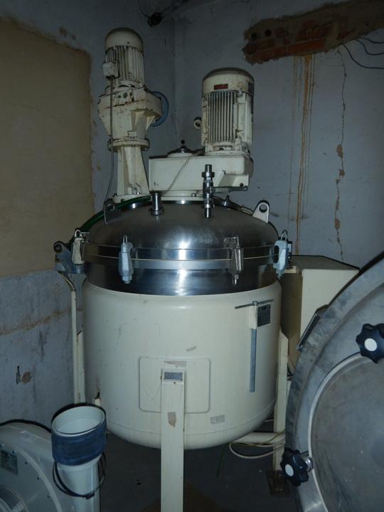 700 litrů procesní kotel Fryma model VM 700, včetně koloidního mlýnu