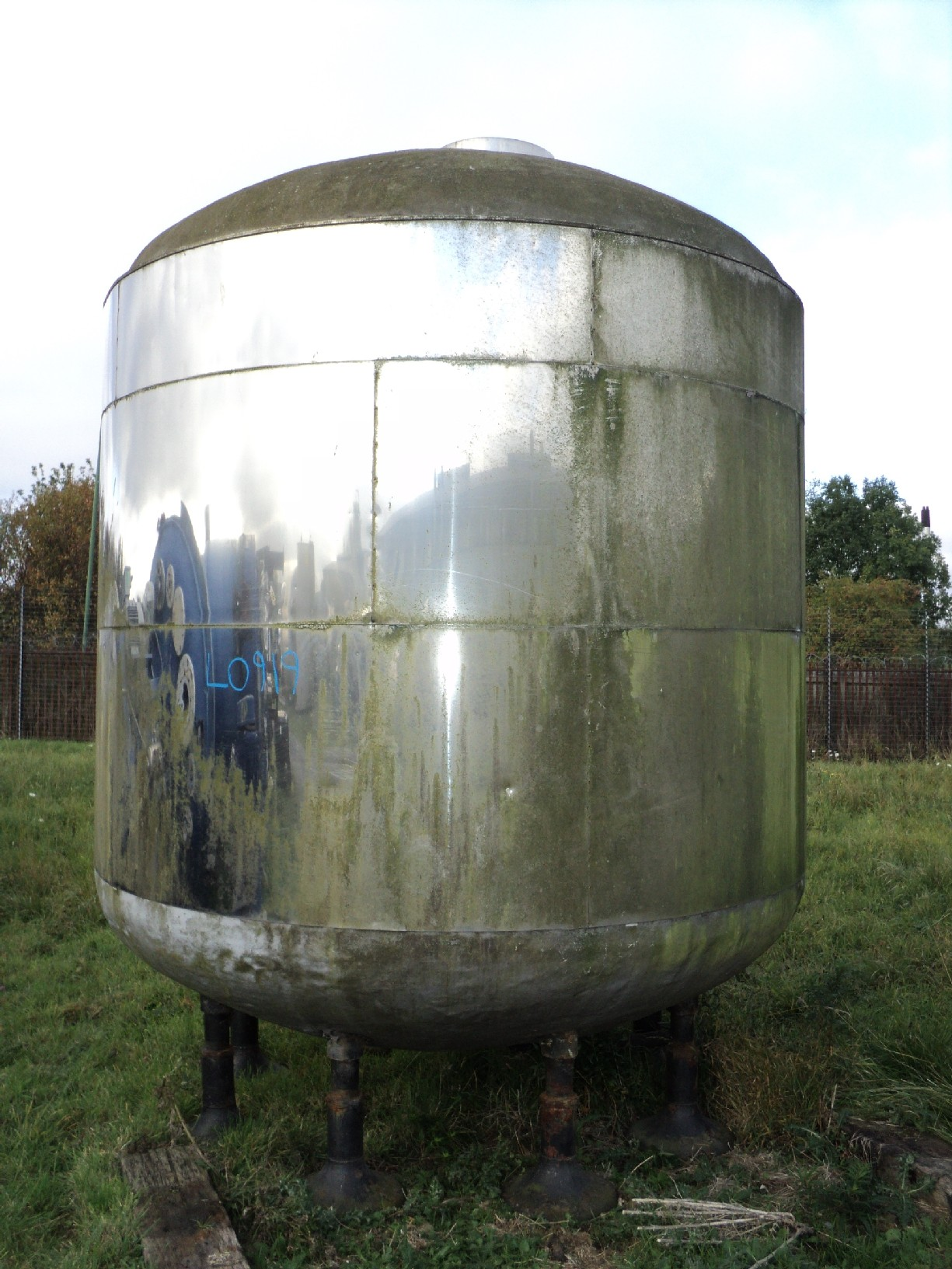13,450 Litre Stainless Steel Vertical Storage Vessel, 2600mm Dia x 2000mm Straight Side