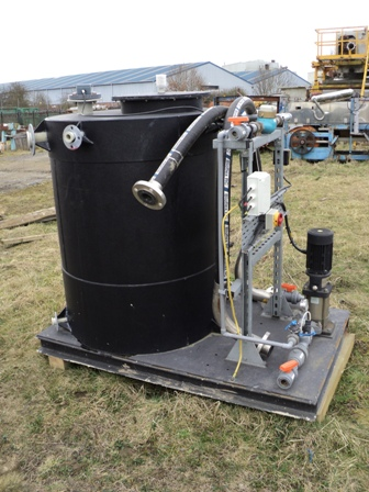 800 LTR HDPE WATER TANK & PUMP                    800PS-UK
