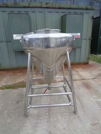 600 Litre 316 Stainless Steel Vessel, 1100mm Dia x 200mm Straight Side, 950mm Cone