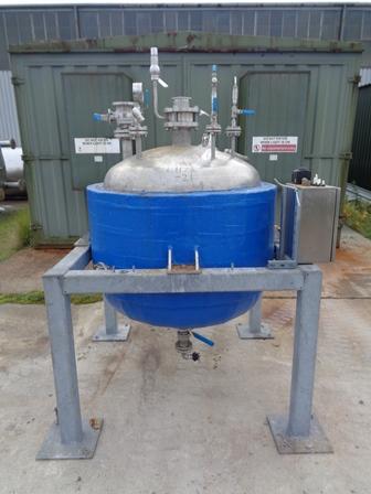 500 litrů, T.musk Engineering nerezový vertikální duplikovaný zásobník