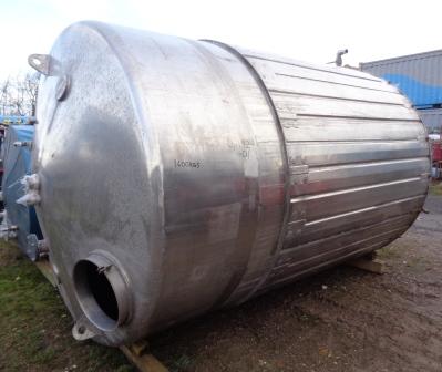 11000 litrů, nerezový vertikální duplikovaný zásobník, průměr 2200 mm x 3300 mm výška