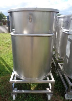 465 litrů, nerezový vertikální zásobník, průměr 1000 mm x 770 mm výška