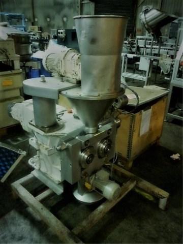 Bepex model L200 X 50P nerezový kompaktor