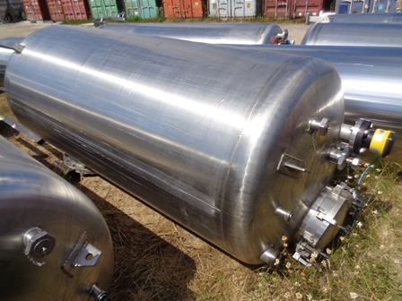 2,500 Litre Giusti Stainless Steel Vertical Storage Vessel, 1100mm Dia x 2400mm Straight Side