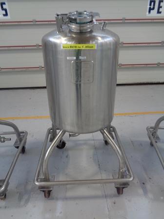 150 litrů, Quinn Engineers Ltd. nerezový vertikální míchaný zásobník, průměr 550 mm x 600 mm výška