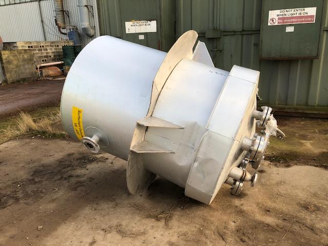 1000 litrů, nerezový zásobník, průměr 1000 mm x 1300 mm výška