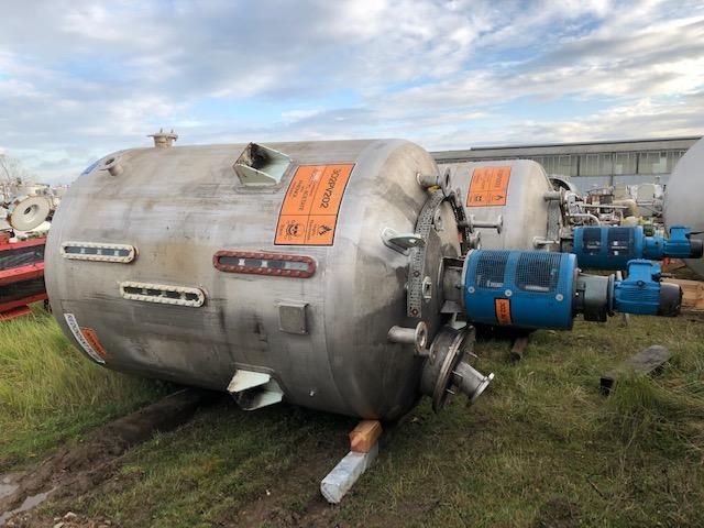 6800 litrů, nerezový vertikální míchaný zásobník, průměr 2000 mm x 2100 mm výška