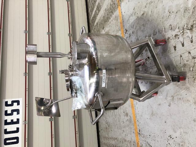 100 litrů, nerezový vertikální míchaný zásobník, průměr 700mm x 250 mm výška