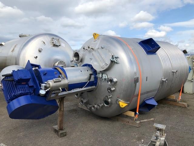 15000 litrů, 3.6/-1 bar vnitřní, 6.5 bar duplikace, Sinclair nerezový (AISI316) duplikovaný míchaný reaktor