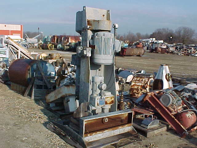 8 Gal Chicago Boiler Model 8P Red Head Sand Mill