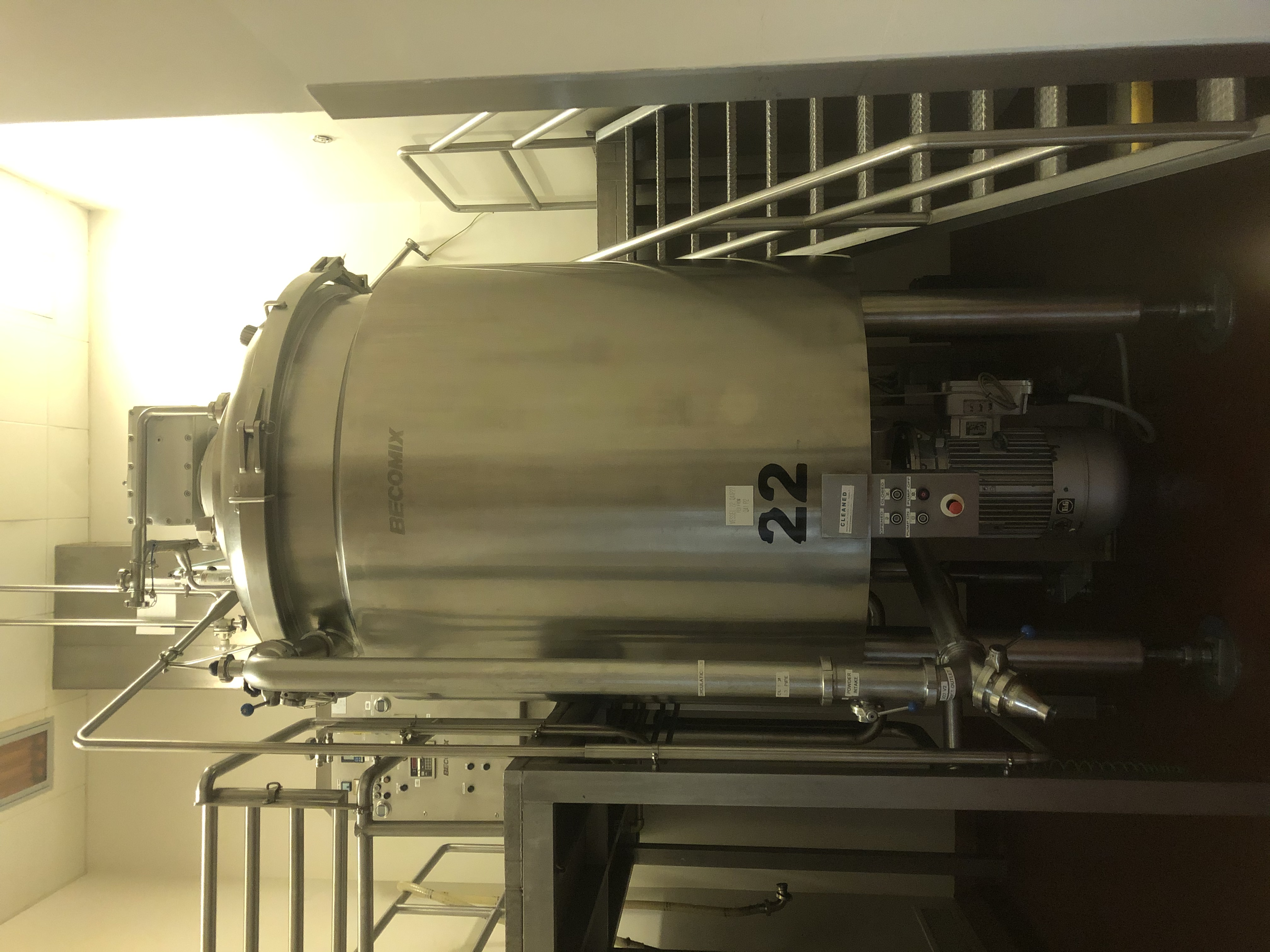 3,000 Litre Becomix Type RW-3000 Stainless Steel Vacuum Processing Vessel
