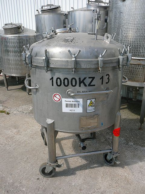 1060 Liters Stainless Steel Tank