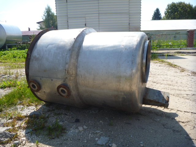 500 Liters Stainless Steel Vertical Storage Tank 600mm Dia x 1800mm High