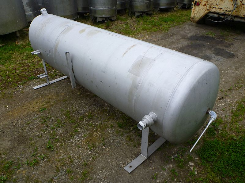 1200 Liters Stainless Steel Horizontal Storage Tank