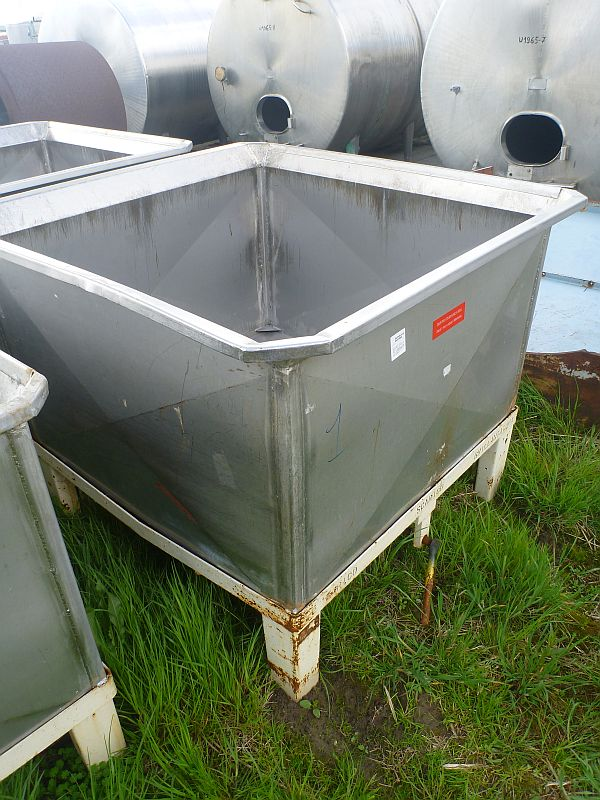 1000 Liters Stainless Steel Rectangular Storage Tank