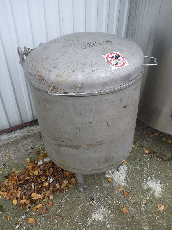 180 Litre Vertical Stainless Steel, Jacketed Melting Tank with Grate 630mm x 560mm Straight Side