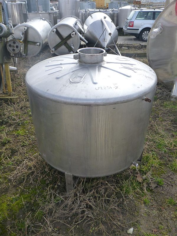 700 l vertical stainless steel storage tank