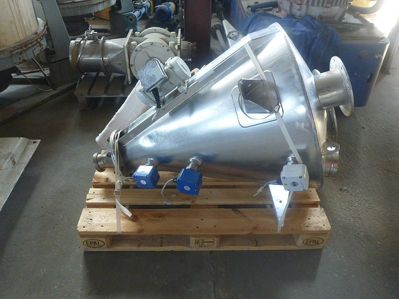 180 L Vertical Conical Feeding Hopper For Powders