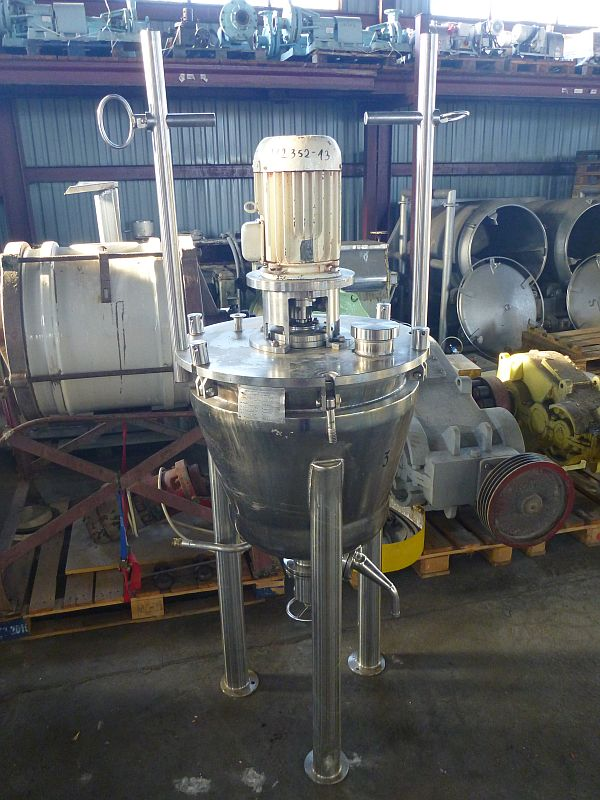100 L Vertical Stainless Steel Mixing Tank With Heating Jacket And Homogenizing Agitator