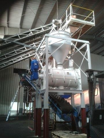 2000 Liter Wam (Italy) Model WBH 2000 Carbon Steel Ploughshare Powder Mixer