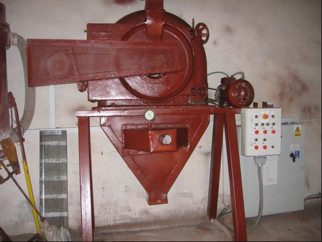 7.5/15 kW Alpine Contraplex 250 CW Carbon Steel Pin Mill Rebuilt