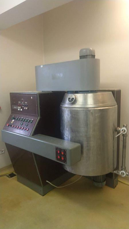 250 Litre 9 HP UCR Model M300 Stainless Steel Processing Unit
