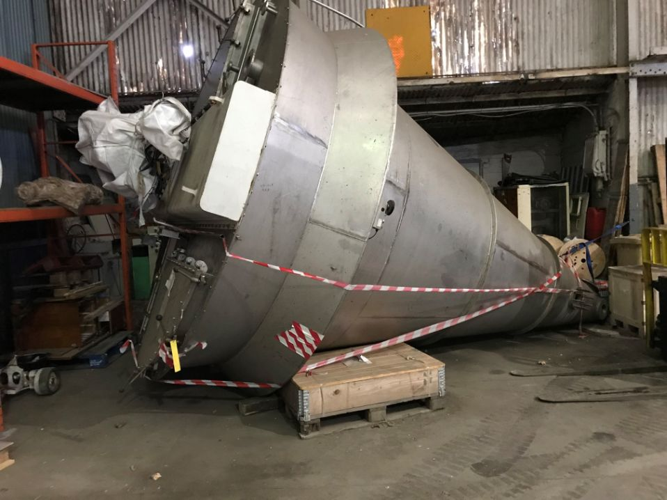 10,000 Litre Hosokawa Micron Model 100 RB-4 304 Stainless Steel Conical Mixer